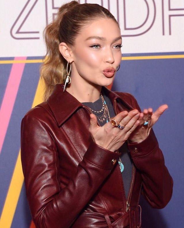 ab31ea1d1 Pin by Milena on Gigi Hadid in 2019 | Gigi hadid, Tommy hilfiger ...