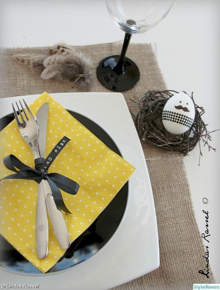 dukning, påsk, påskägg, washitejp, gula/svarta färger, påskdukning