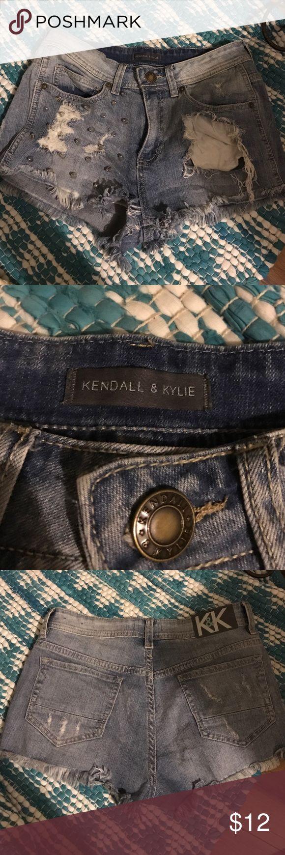 Kendall & Kylie highwasted shorts Stylish shorts only worn once Kendall & Kylie Shorts Jean Shorts