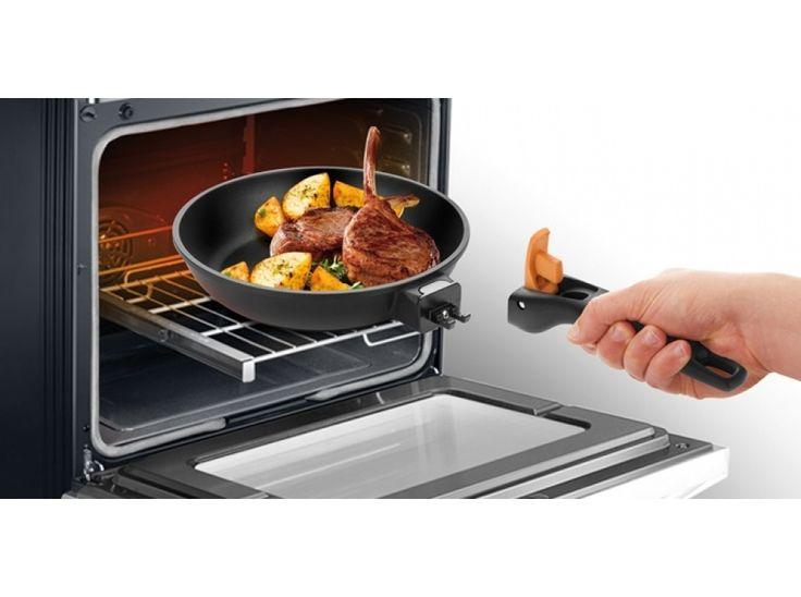 Sólida frigideira com a pega removível, ideal para cozinhar alimentos no fogão e no forno. Com um excelente revestimento antiaderente e com fundo em aço inoxidável. Adequada para todo o tipo de fogões, inclusivé indução.<br/>A pega removível também poupa espaço ao guardar. Pode ser utilizada em fornos eléctricos, a gás e de ar quente.  Pode ir à máquina de lavar loiça. Garantia 5 anos. Marca Tescoma.