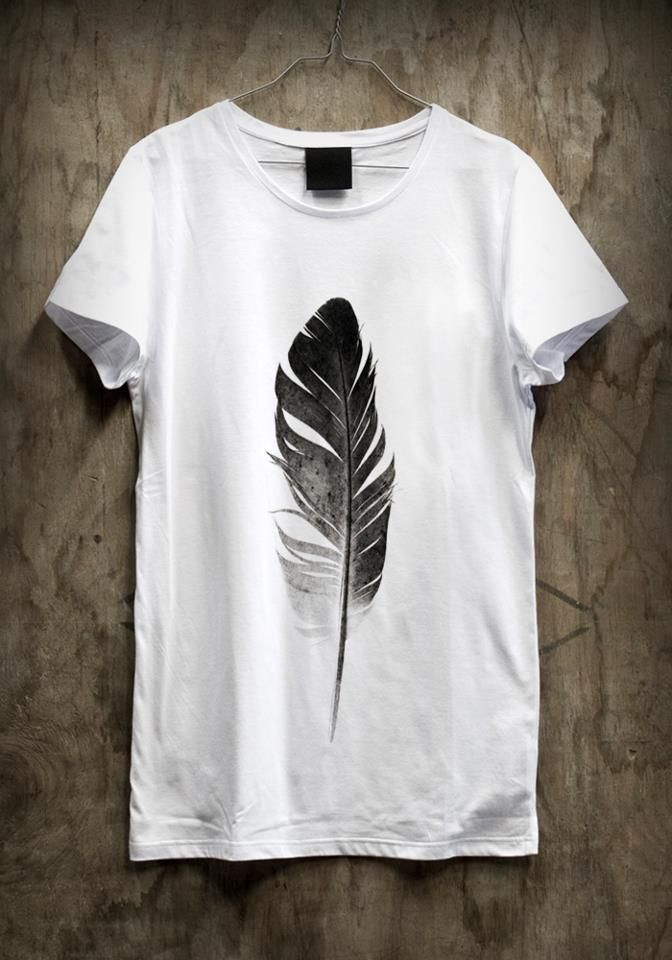 Feather graphic tee.