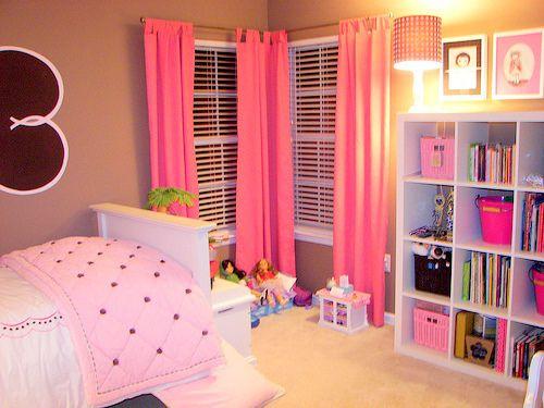 cute idea for a little girls room.