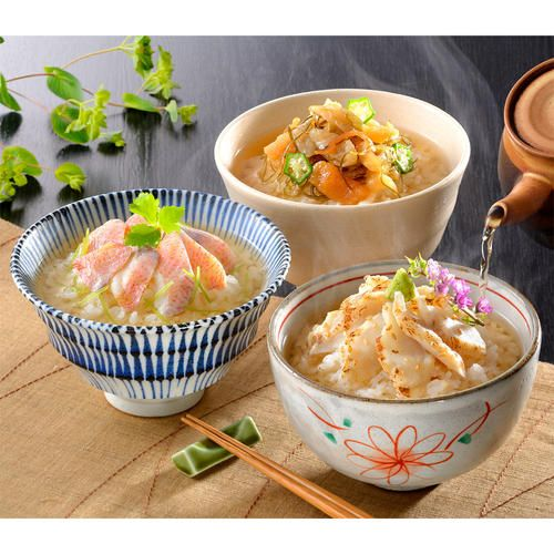 ふぐ刺しに鯛。それにふぐの松前漬という珍しい珍味で作っただし茶漬けのセットです。