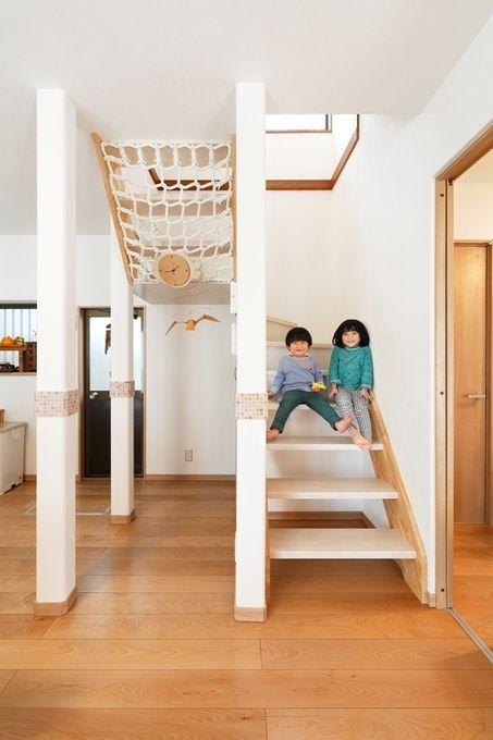 開放的な家になる♪スケルトン階段のメリット・デメリットと実例5選 | リフォーム費用・価格・料金の無料一括見積もり【リショップナビ】