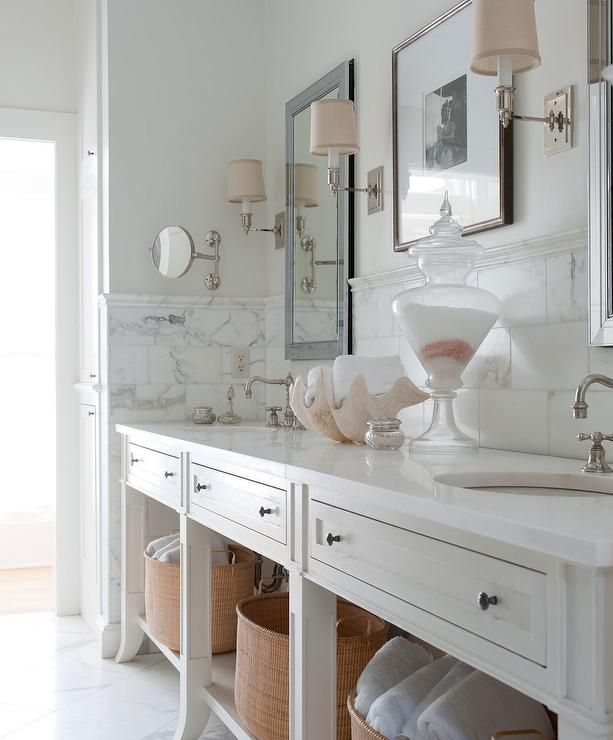 Pink And White Bathroom: White Bathroom With Soft Pink Accents
