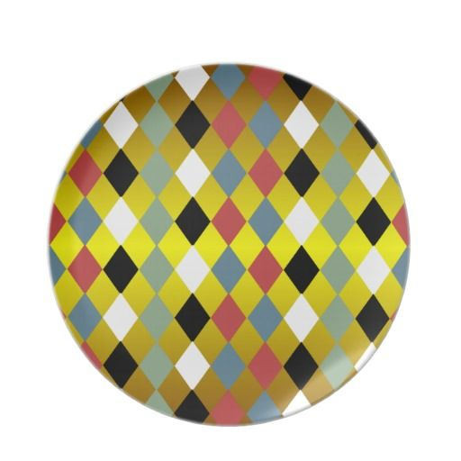 Harlequin Diamond Pattern Plate
