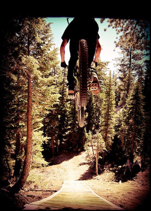 Dropping in! #mountainbiking
