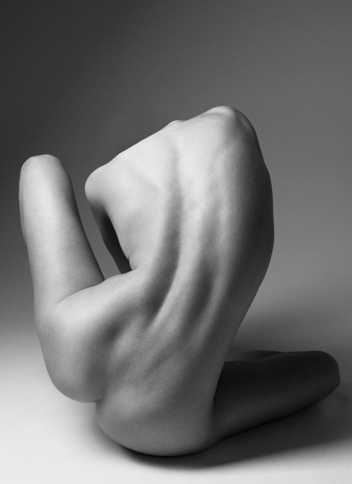 Klaus Kampert Photography - artistically positioned posterior back of discreet nude female #NSFW <3