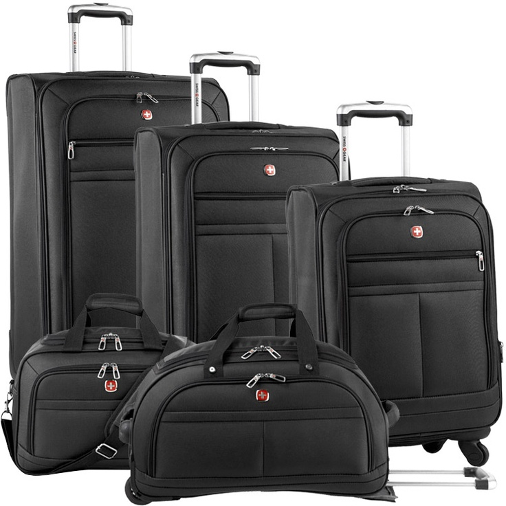 Black Swiss Gear Bravado Luggage Set