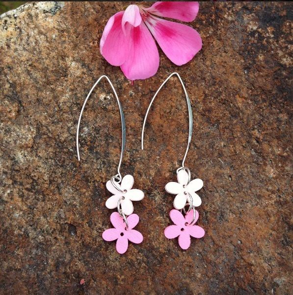 Pink button flower earrings with a silver plated long hook - button dangle earrings - pink flower earrings - gift for her - button jewelry by leonorafi on Etsy