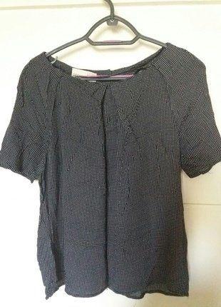 Kup mój przedmiot na #vintedpl http://www.vinted.pl/damska-odziez/koszulki-z-krotkim-rekawem-t-shirty/18095166-urocza-koszulka-w-male-kropki