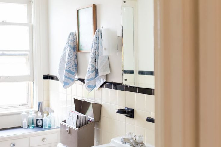 Real Homes Real Solutions 20 Reversible Ideas To Overhaul Your Rental Bathroom Now Wasser