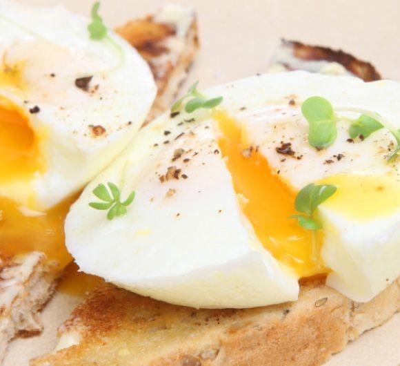 Oua posate - Julia Child's Poached Egg Trick
