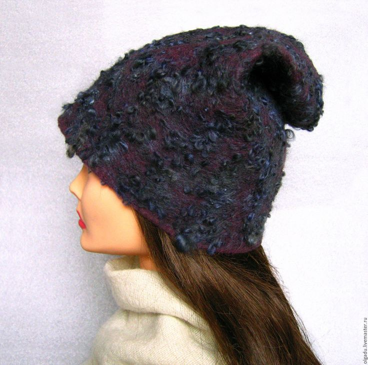 Купить или заказать Шапка- трансформер валяная 'Ночные грезы' в интернет-магазине на Ярмарке Мастеров. Валяная шапка - трансформер, шапка бини темно-пурпурного цвета из тончайшей мериносовой шерсти и кудрей ягненка. Кудри играют богатой палитрой цветов: черный, пурпурный, черно-синий, черно-сиреневый, темно-фиолетовый, фиолетово-синий, серо-фиолетовый, серо-голубой... Благодаря своей форме шерстяная шапка имеет различные варианты ношения. Не боится дождя и снега.