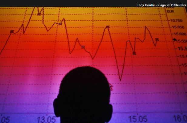 Desemprego vai a 7,9% em outubro nas regiões metropolitanas, diz IBGE http://www.jornaldecaruaru.com.br/2015/11/desemprego-vai-a-79-em-outubro-nas-regioes-metropolitanas-diz-ibge/ …