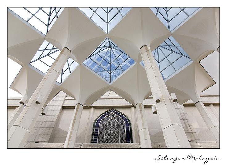 Salahuddin Symmetries, a photo from Selangor, West   TrekEarth