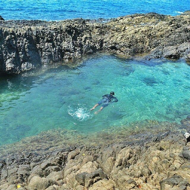 #exploresumatra -  Photo by @frandyfebrian taken at pantai laguna kiluan, lampung  Keep your #exploresumatra hashtag and share your location to give us permission to repost.  Thanks!!
