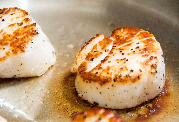 pan-seared scallops recipe | use real butter