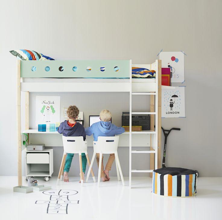Kinderzimmer mit Hochbett FLEXA WHITE (individuell zusammenstellbar)