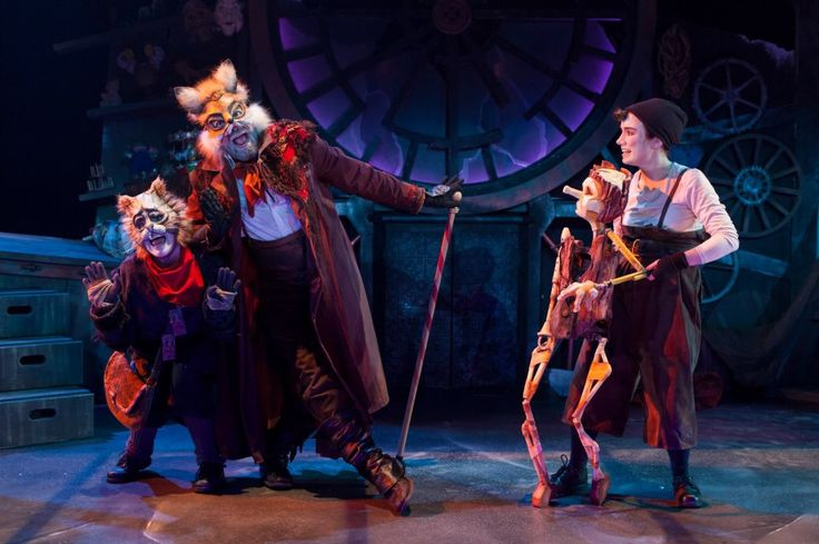 'Pinocchio' Théâtre Tout à Trac - décor & costumes