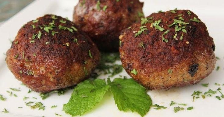 What's Cookin' Italian Style Cuisine: Italian Style Lamb Meatball Recipe
