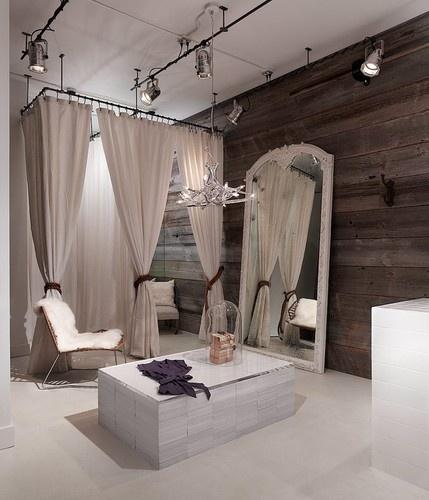 Ruti Dressing Room