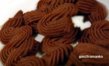 Omlós csokis keksz recept