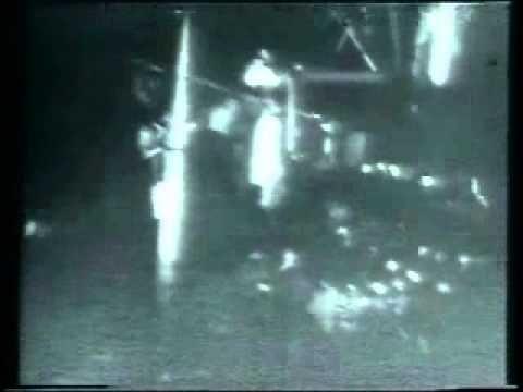 Πολυτεχνείο 17 Νοέμβρη 1973 - Εισβολή