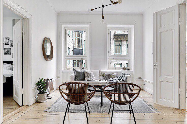 Unikt tillfälle att förvärva en sekelskiftesdröm på Pipersgatan 5, Kungsholmen 💫 En 3:a i med tre kakelugnar och balkong! Visas 13/3 och 14/3 Styling: @designtherapy.se Foto: @clearcutfactory #husmanhagberg #stockholm #kungsholmen #sekeskifte #homestyling #interior #interiordesign #scandinavianhomes #tillsalu