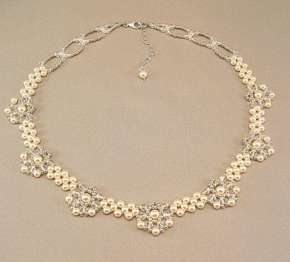 Königlichen Eleganz gewebt Bridal Anweisung Halskette - Elfenbein Perlen und Swarovski österreichischen Kristall mit Silber Akzent Friesen