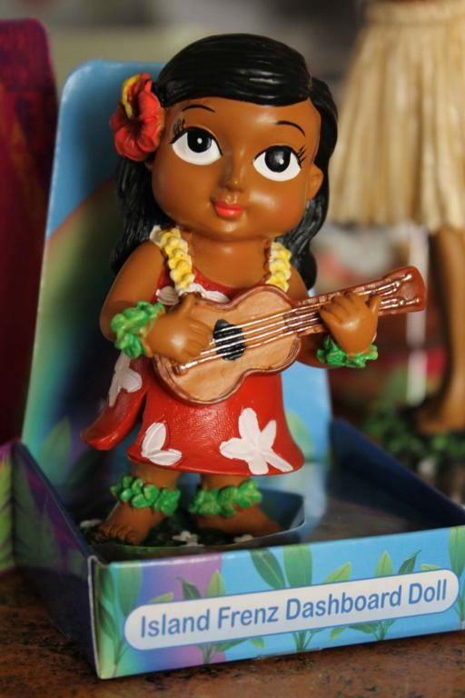 Muñeca Hawaiana Para El Tablero de la Nave Modelo Keiki. www.kafergarage.com. #kafergarage #hawaia
