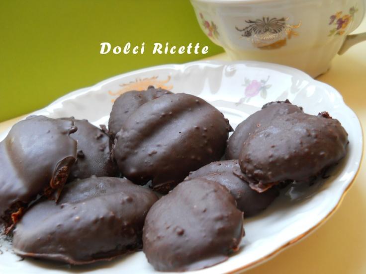 Chicchi cioccolatosi  http://dolciricette.blogspot.it/2012/06/youredo.html