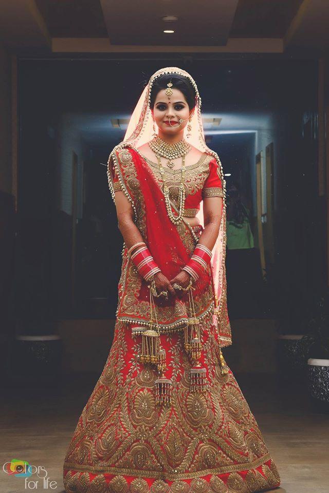 😻Best Bridal Looks! Photo byColors For Life, Bhopal #weddingnet #wedding #india #indian #indianwedding #weddingdresses #mehendi #ceremony #realwedding #lehenga #lehengacholi #choli #lehengawedding #lehengasaree #saree #bridalsaree #weddingsaree #indianweddingoutfits #outfits #backdrops #groom #wear #groomwear #sherwani #groomsmen #bridesmaids #prewedding #photoshoot #photoset #details #sweet #cute #gorgeous #fabulous #jewels #rings #tikka #earrings #sets #lehnga