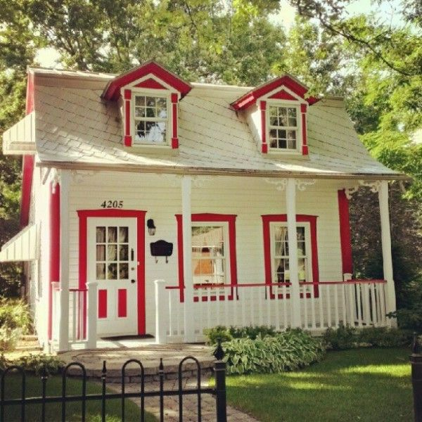 Tiny red and white cottage. This could be my play house....;) or my craft or baking studio.