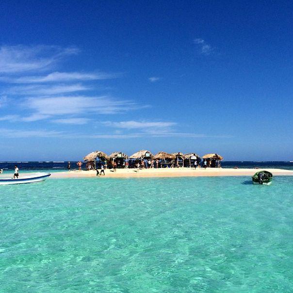Er du interesseret i verden under vandoverfladen? Omkring Paradise Island findes et smukt koralrev fuld af farveglade fisk at udforske. Det er bare med at få snorkeludstyret på og opleve havets vidunderlige verden! www.apollorejser.dk/rejser/nord-og-central-amerika/den-dominikanske-republik