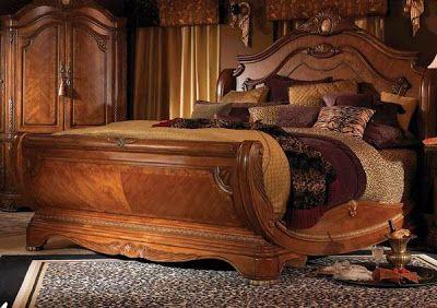 Diseño de Dormitorio Exótico de Madera por Michael Amini. Se trata de un juego de dormitorio de madera, con una cama exótica hacha de made...