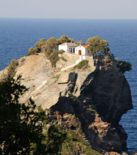 Skopelos | Church of Ayios Ioannis, used in the wedding scene of the film Mamma Mia!
