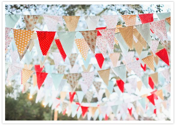 fabric bunting   love the fabrics they used