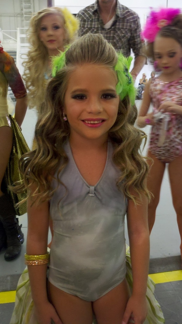 BFFs! Dance Moms Stars Kendall and Maddie Team Up For New ...