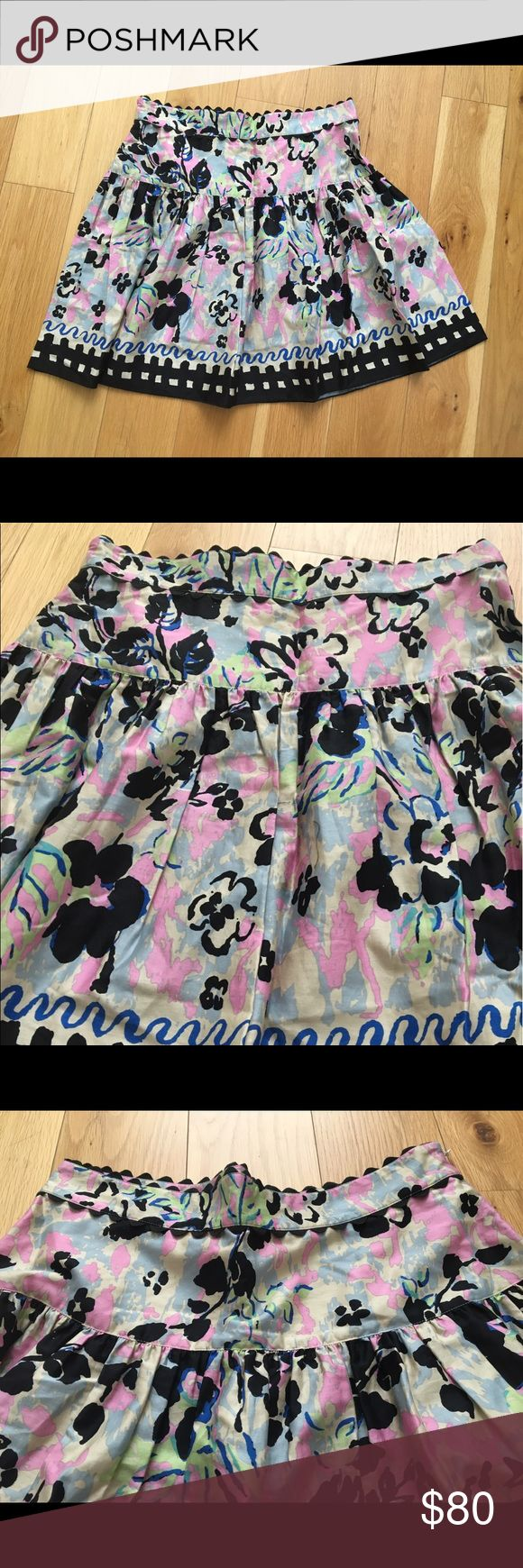Anna Sui skirt It's size 12 , waist 32 inches, length 20 inches Anna Sui Skirts Midi