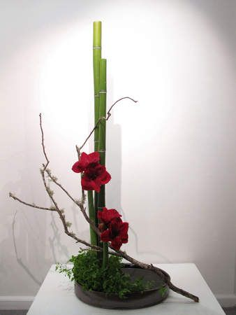 Ikebana Sogetsu style | Anytime, Anywhere, by Anyone: Sogetsu Ikebana Demonstration - Hammer ...