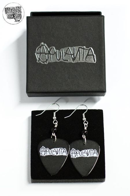 Black plectrum earrings - Apulanta. Designed and made by Jaana Bragge.