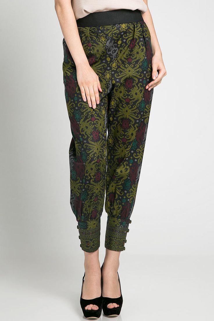 Dasima Cuff Pants | Batik Pants | dhievine for Berrybenka.com