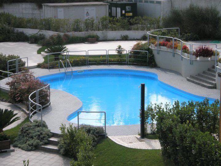 La piscina del #KlassHotel: relax, comfort e benessere