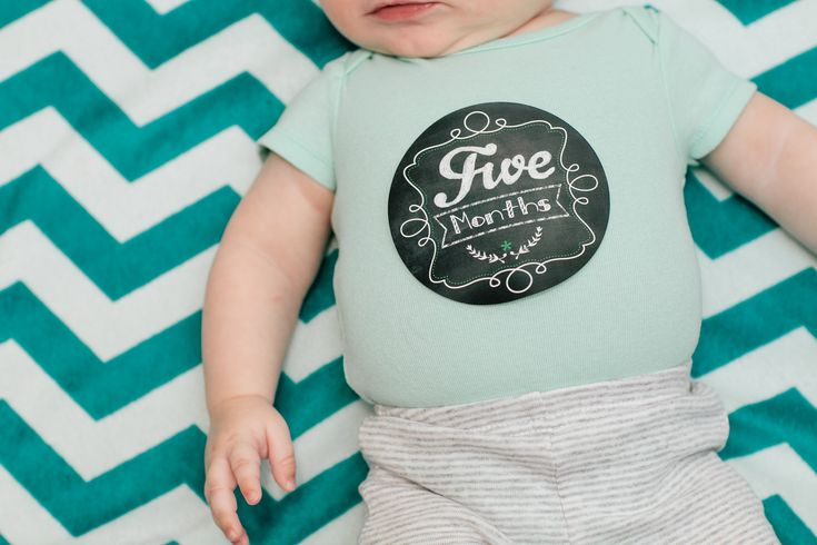 Enter to win $150 shopping spree to Lucy Darling, an online shop that features monthly baby stickers, nursery wall art and more!