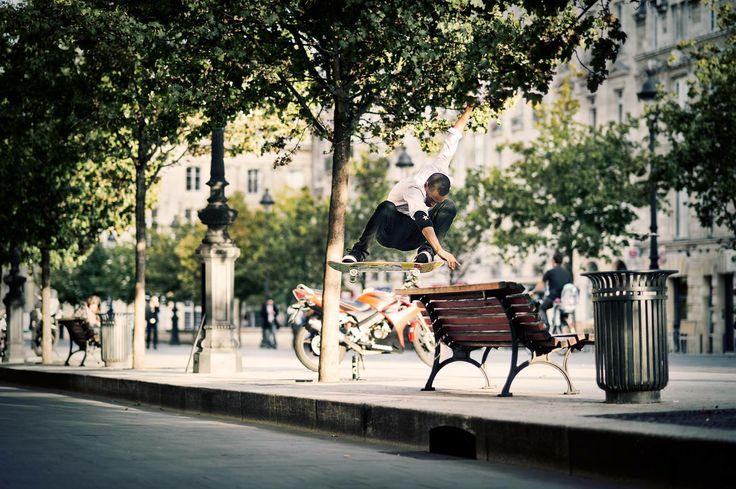 Bastien Salabanzi - Switch Ollie in Bordeaux