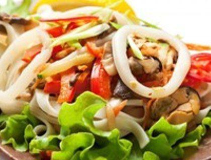 Рецепты самых вкусных салатов из кальмаров
