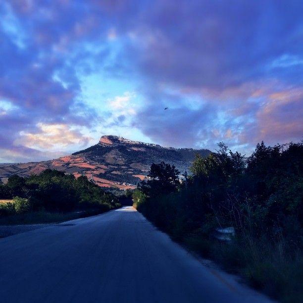 #italy #irpinia #altairpinia #Cairano #road #sun #rock #travel  #rural #summer