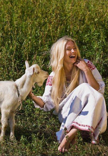 Ukraine, from Iryna #PutDownYourPhone #Carde