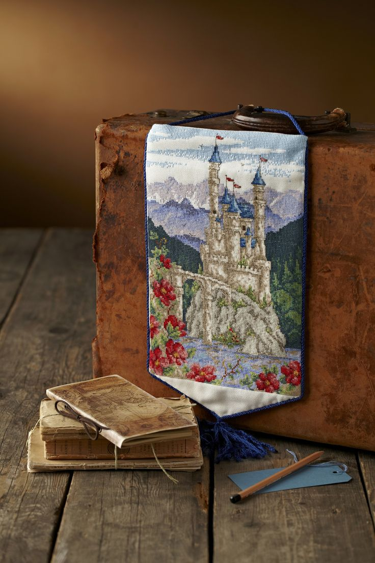 Cross stitch country crafts magazine back issues - Captivating Castle Stitch Your Own Medieval Style Wall Hanging With Maria Diaz S Fairytale Castle On